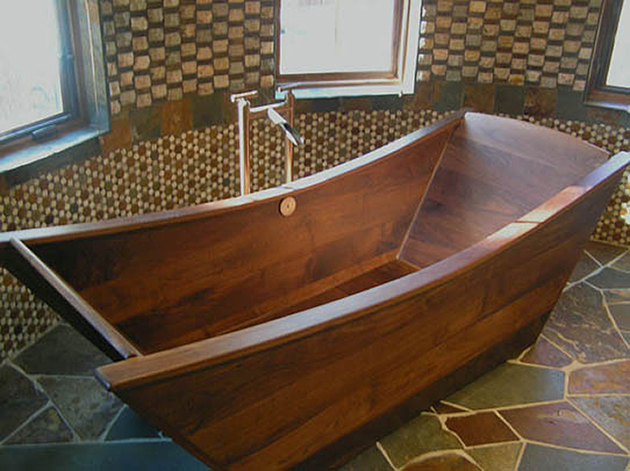 custom-tub-walnut-bath-in-wood-of-maine-1-thumb-630xauto-55879