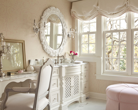 shabby-chic-bathroom-and-vanity